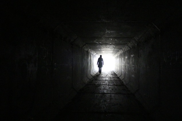 tunnel-899053_1920